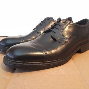 New Ecco Lisbon Shoes